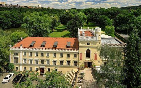 Relax v zrekonstruovaném novogotickém zámku v Praze
