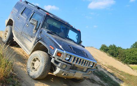 Adrenalin v terénu: jízda v obřím Hummeru H2 či H1