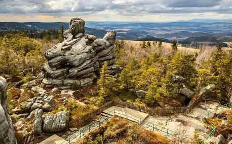 Výlet za krásou skal: bludiště, města i božské výhledy