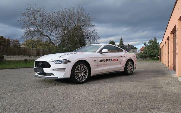 Kondiční jízdy ve Fordu Mustang, Praha - Letňany, 1 osoba, 45 minut5