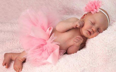 Newborn nebo těhotenské focení v ateliéru