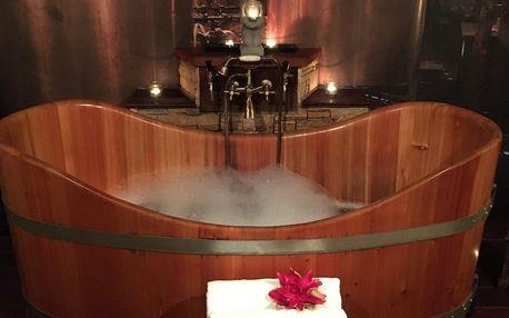 Spa koupele ve vířivé dubové vaně dle výběru pro 2