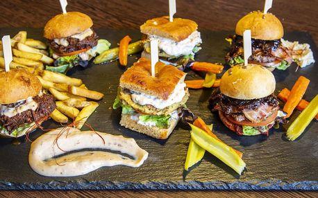 Miniburgery s hovězím i cizrnou a hranolky pro 2
