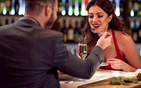 Valentýnské menu: kuře pro dámy a žebírko pro pány