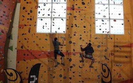 Kurz lezení na umělé stěně u Ústí nad Labem pro 1-4 osoby
