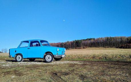 Zažijte jízdu tradičním trabantem včetně nezapomenutelného výletu