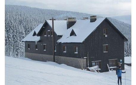 Last minute zimní dovolená s dětmi na horách. Domácí prostředí na chatě Malá Rennerovka