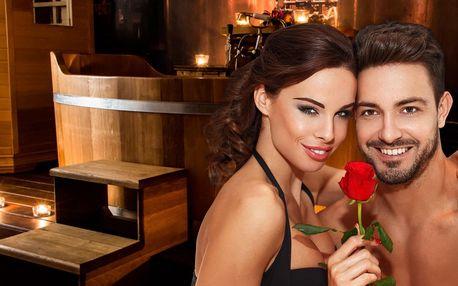 Wellness pro páry: vířivá vana, sauna i láhev vína