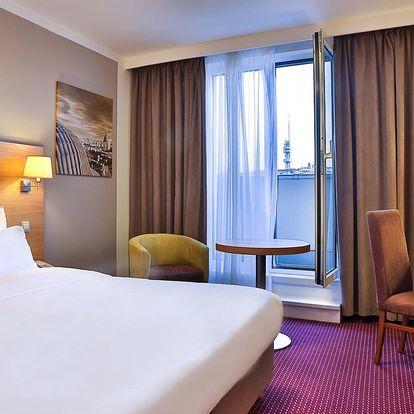 Luxusní hotel v centru Prahy: pobyt pro 2, jídlo