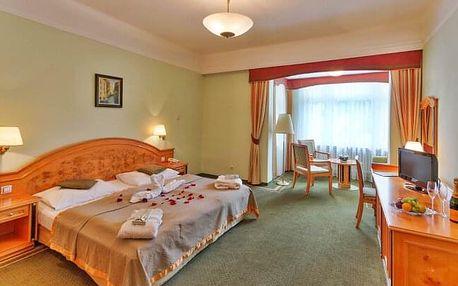 Romantika v Mariánských Lázních: 4* Parkhotel Golf s polopenzí, bazénem, privátní saunou a masáží
