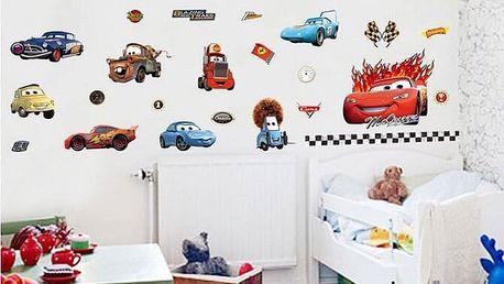 Samolepky na zeď s motivy Cars, Spiderman nebo Hello Kitty