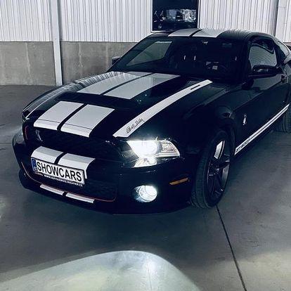 Jízda ve Ford Mustang GT500 SHELBY s 683 koňmi a zrychlením z 0 na 100 za 3,5 sekundy