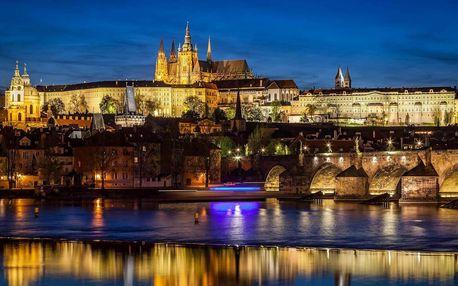 Denní i večerní plavba po Vltavě s historickým výkladem