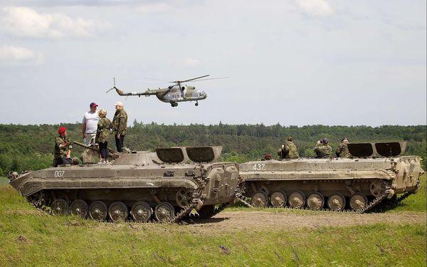 Akční jízda v BVP - obrněnci sovětské pěchoty3