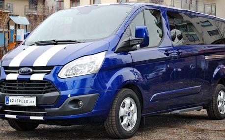 Dodávka Ford Tourneo Custom na 24 hodin až 15 dní