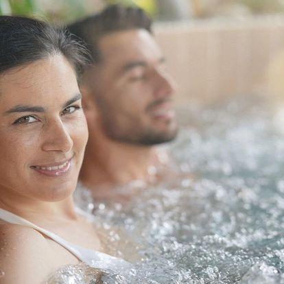 Společná romantika v privátním wellness pro dva ve Strašnicích