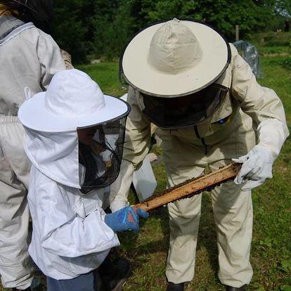 Exkurze na včelí farmě pro 2 osoby nebo pro rodinu