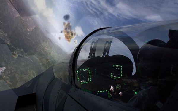 Pilotem na zkoušku Brno: simulátor letu ve stíhačce F/A-18 Hornet po 15 minut3