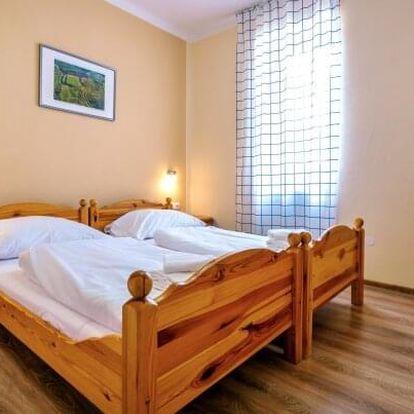 Pobyt u Znojma v Hotelu Schaller *** s privátními saunami, prohlídkou kláštera, ochutnávkou vín a polopenzí