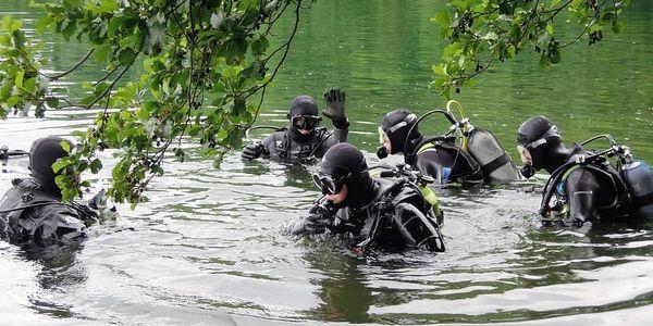 Ponor ve volné vodě s dohledem a zaškolením pro 1 osobu3