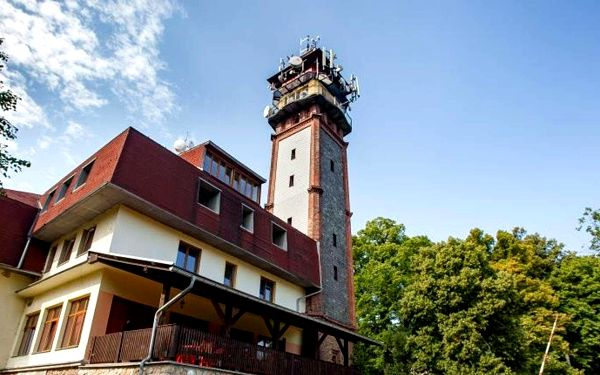 Netradiční ubytování v penzionu Vyhlídka v Českém ráji s polopenzí až do podzimu