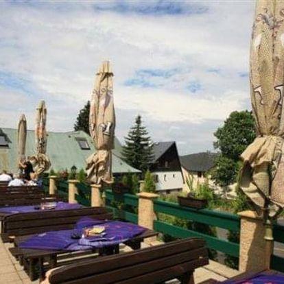 Ubytování v krásné oblasti Krušných hor pro dva s polopenzí