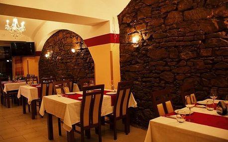 Speciální menu pro 2 osoby v indické restauraci