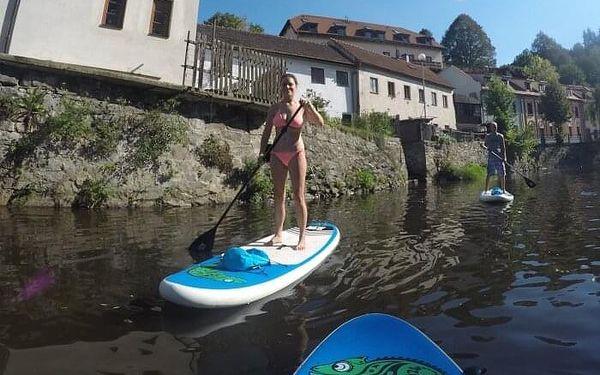 Výlet na paddleboardu pro dva do Zlaté Koruny
