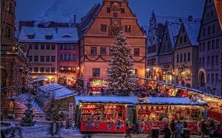 Bavorské město Vánoc Rothenburg ob der Tauber, Bavorsko