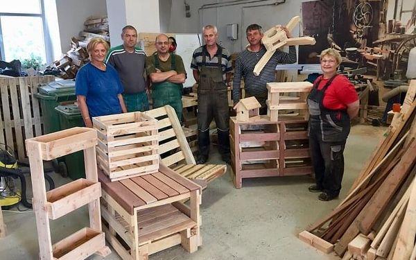 Jak vyrobit nábytek z palet - víkendový workshop4