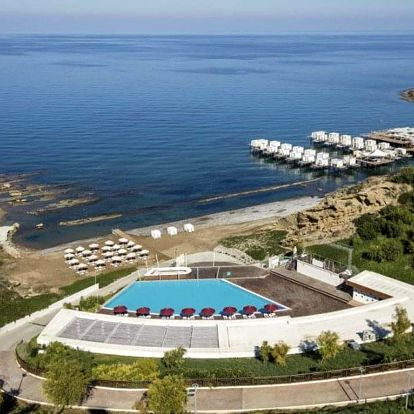 Kypr - Kyrenia letecky na 9 dnů, plná penze