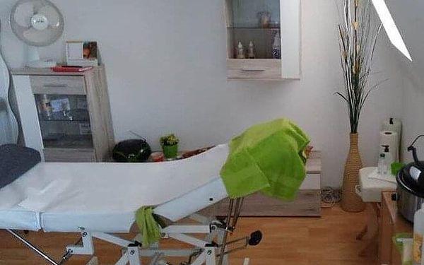 40minutová aromaterapeutická masáž lávovými kameny2
