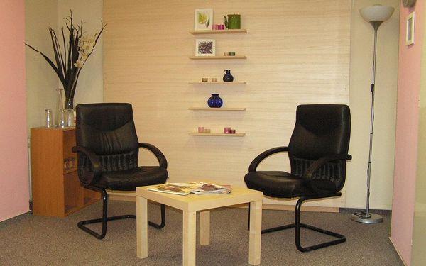 40minutová aromaterapeutická masáž lávovými kameny3