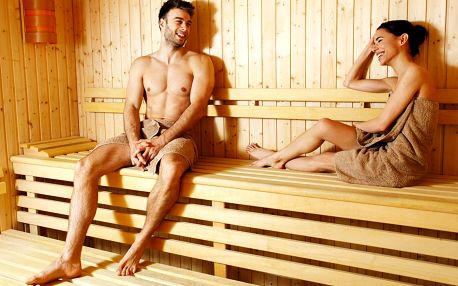 1–2 hodiny v saunovém světě s 10 saunami a vířivkami