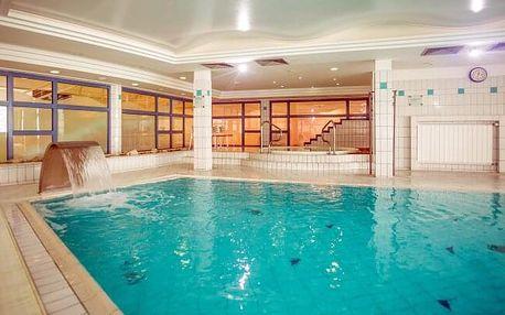 Maďarsko u Balatonu: Kenese Bay Garden Resort **** s neomezeným bohatým wellness, vlastní pláží a polopenzí