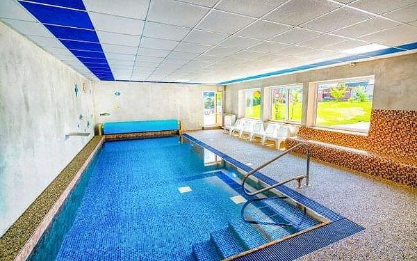 Jeseníky u skiareálů: Hotel Park *** s neomezeným vstupem do termálního i vnitřního bazénu + slevy a polopenze
