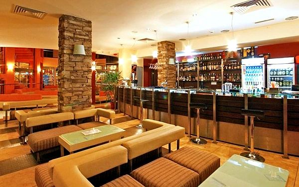 Hotel Meridian, Burgas, letecky, polopenze2