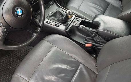 Čištění a tepování interiéru auta, ošetření vnitřních plastů a další péče