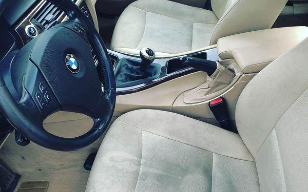 Kompletní čištění a tepování interiéru pro malé vozy2