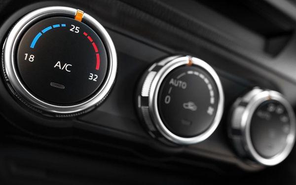 Doplnění a kontrola klimatizace5