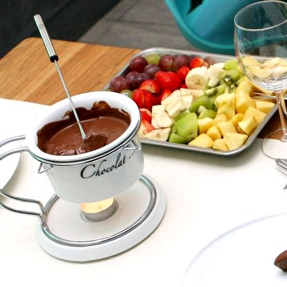 Sladké potěšení: čokoládové fondue s ovocem