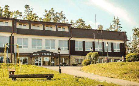 Bezpečná rodinná dovolená v hotelu Hrádok obklopený přírodou a lesem