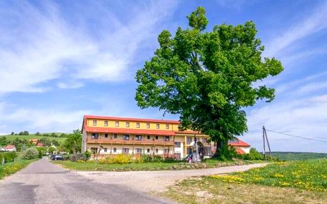 CHKO Bílé Karpaty: pobyt u turistických stezek v Hotelu Kopanice **** s wellness