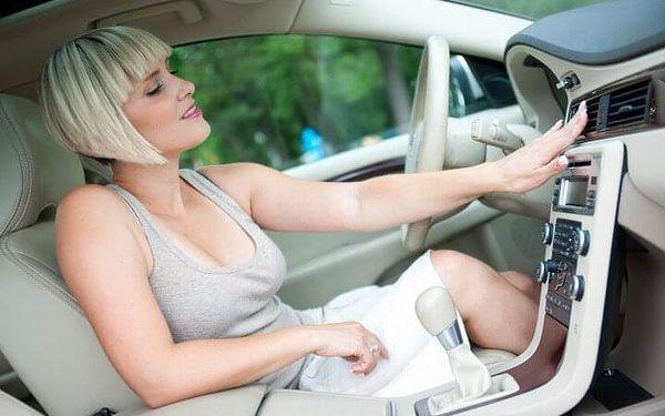 Dezinfekce klimatizace a interiéru vozu ozónem2