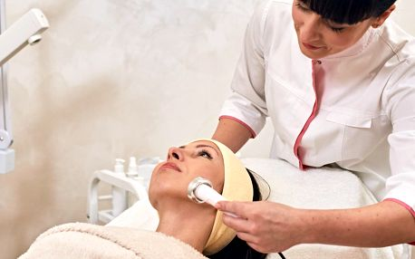 Čištění pleti, zjemnění vrásek, maska i masáž