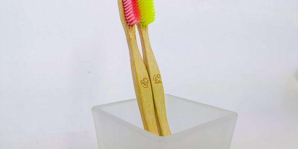 Bambusové zubní kartáčky – 2 ks v balení4