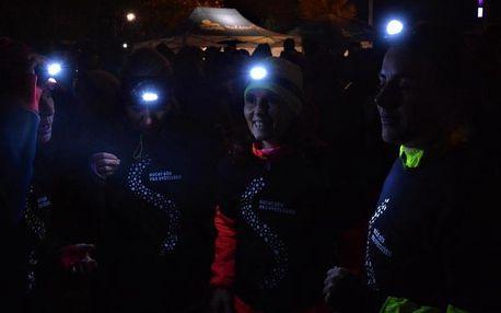 Noční běh POTMĚ pro Světlušku - běh po slepu se známou osobností jako trasérem