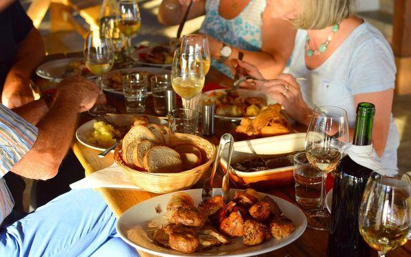 2denní pobyt s polopenzí vč. moravským menu a vínem | 2 osoby | 2 dny (1 noc) | Období Pá 1. 5. – Ne 31. 5. 2020, St 1. 7. – St 30. 9. 20205