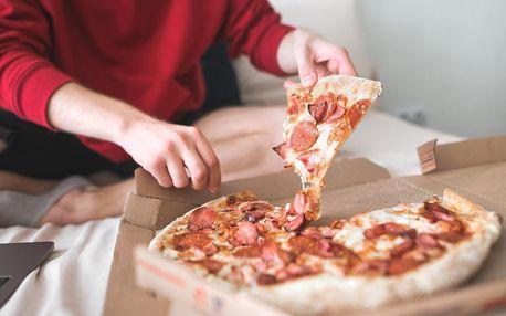 Rozvoz pizzy i s nápojem pro jednoho nebo dva