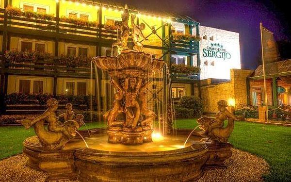 Piešťany: Relaxace u vody v Grand Hotelu Sergijo **** s venkovním i vnitřním wellness, masážemi a polopenzí